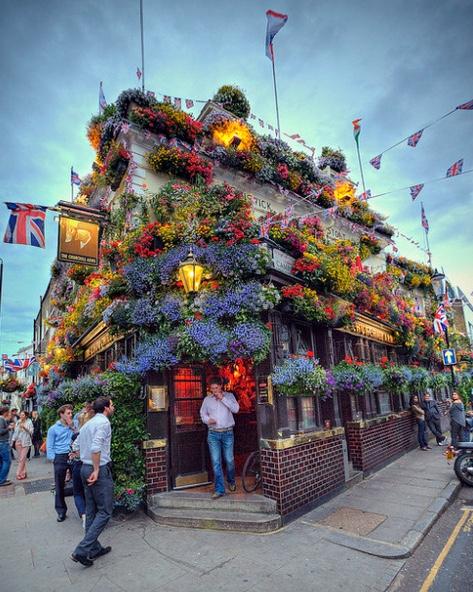flowery Pub