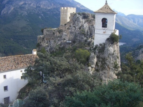 guadalest, spain, alicante, travel, village, castle
