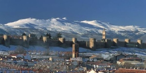Avila during the Day #Spain #Avila #snow #mountains #beautiful