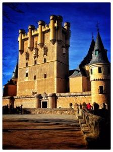 #AlAlcazar #Spain #Castle #Europe #Segovia #Beautiful #Architecture #History